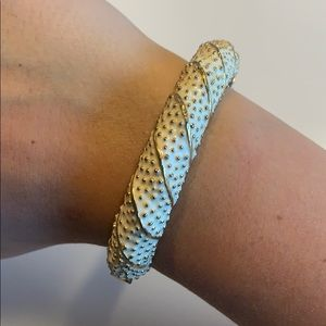 Lilly Pulitzer Gold & White Bangle with Clasp